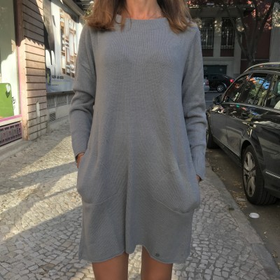 Vestido Atilhos Costas | Ruga | Cinza