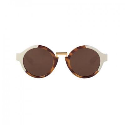 Cream/Leo Tortoise Hackney  with classical lenses