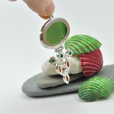 """Pendente de pedras naturais com """"dobradiça"""""""