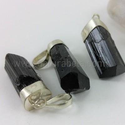 Pendente em Prata Turmalina Negra em Bruto (médio)