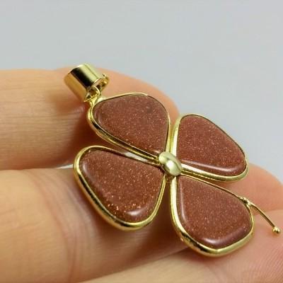 Trevo dourado com Pedra Ouro