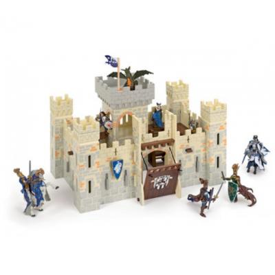Castelo em madeira fortificado