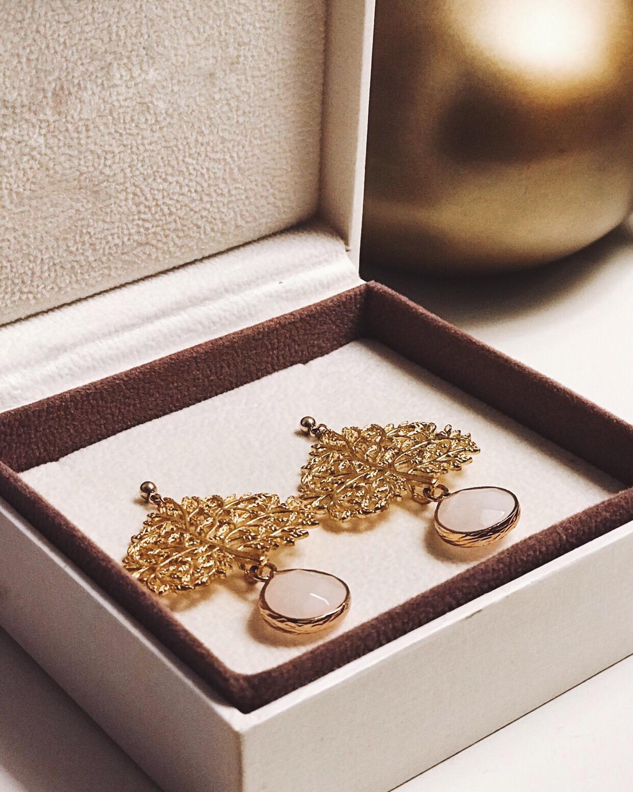Brincos - Gold Stone