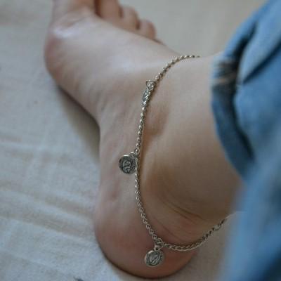 Pulseira para o pé - Mini Medalhinhas