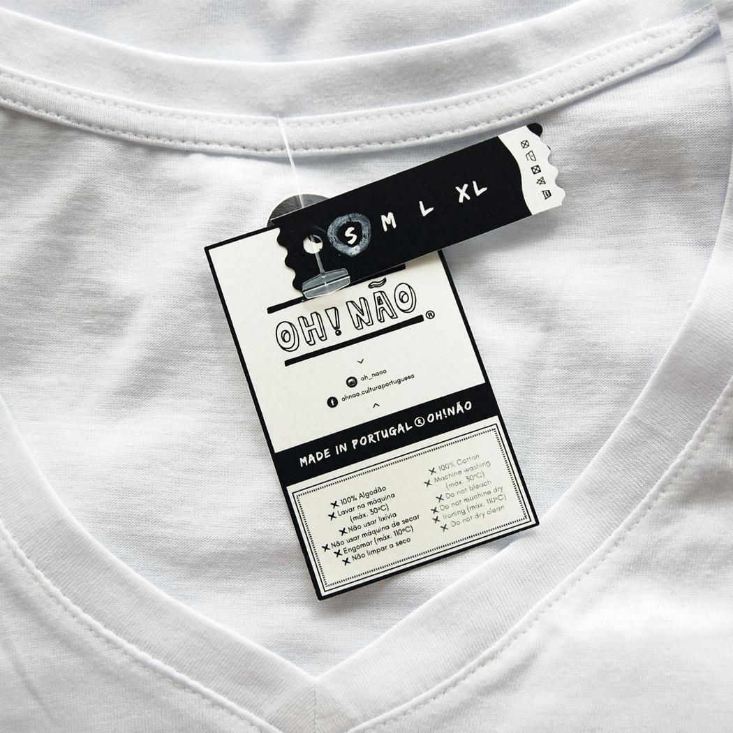 "T-shirt ""O amor cura tudo"""