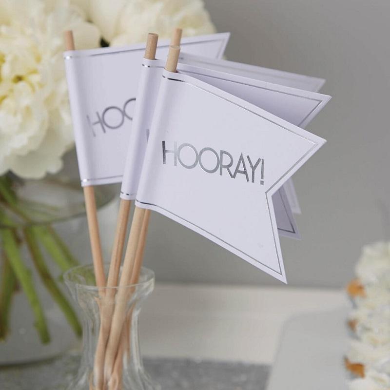 Bandeiras Casamento Branco e Prateado