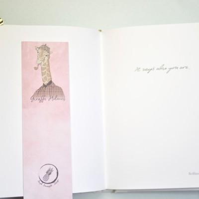 Giraffe Holmes