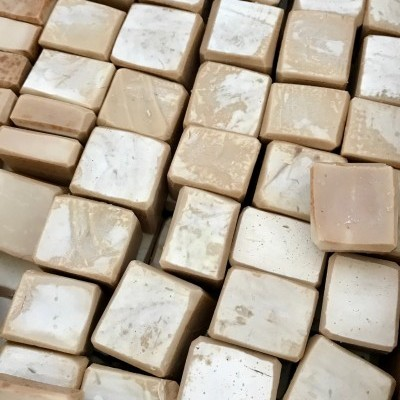 Amenities - Sabão de Azeite - Artesanal: Cereja (20 unidades mini c/ envio)