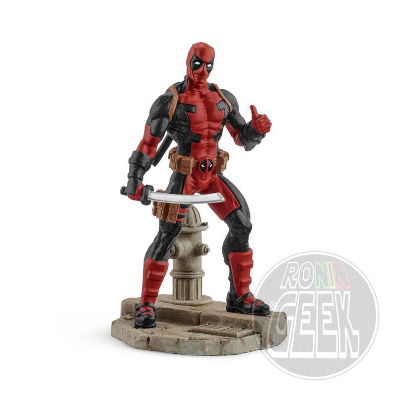 Marvel Comics Figure Deadpool