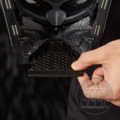 HASBRO Star Wars Black Series Premium Darth Vader Electronic Helmet