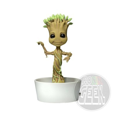 NECA Guardians of the Galaxy – Body Knocker – Dancing Potted Groot
