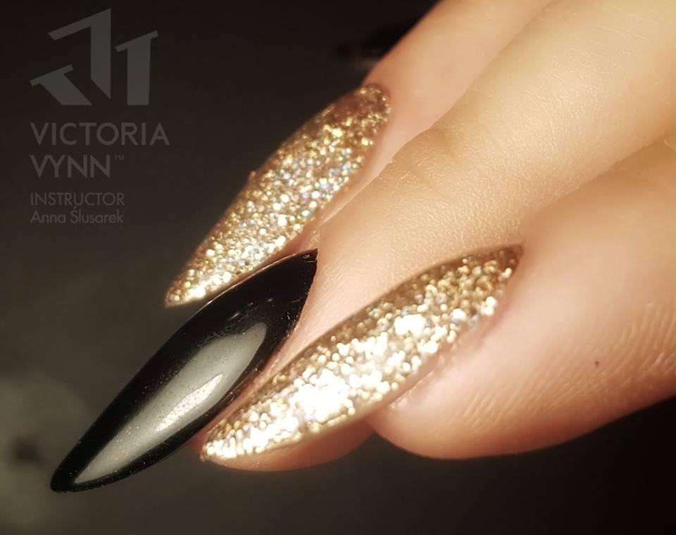 Victoria Vynn 224 – Gold Diamond Carat