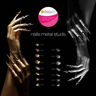 50 Nails Metal Studs