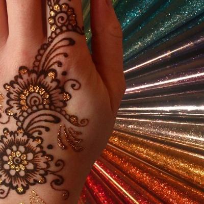 Tinta HENNA com GLITTER em CONE para Tatutagens Temporárias