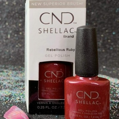 CND Shellac #00114 – Rebellious Ruby