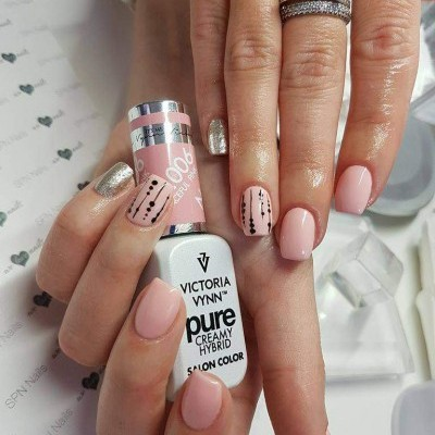 Victoria Vynn PURE 006 – Graceful Pink