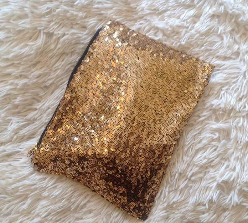 Clutch Dourada