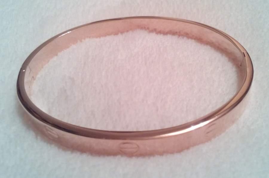 Pulseira Cartier Love Dourado Rosa