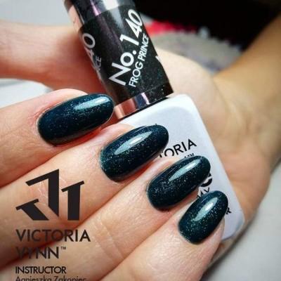 Victoria Vynn Verniz Gel Nº 140 - Frog Prince - 8 ml