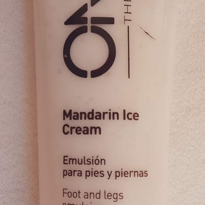 Onna Therapy - Foot and Legs emulsion - Mandarin Ice Cream - 250 ml