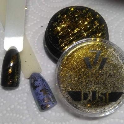 Victoria Vynn - Pó efeito Flocos de Ouro - Nº 25