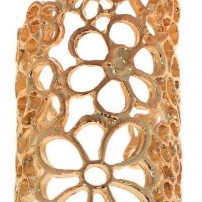Anel Dourado com Flores Ocas