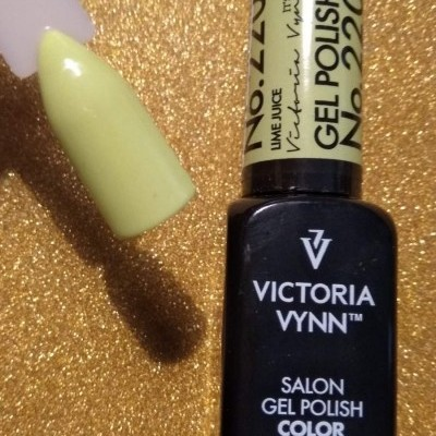 Victoria Vynn Verniz Gel Nº 220 - Lime Juice - 8 ml