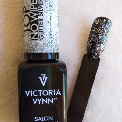 Victoria Vynn Top Coat sem goma com glitter prateado - 8 ml