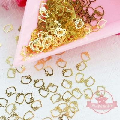 Cabeças de Hello Kitty Douradas