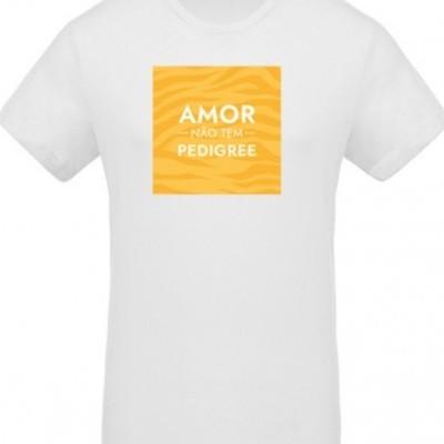 """T-shirt orgânica """"Amor não tem pedigree"""""""