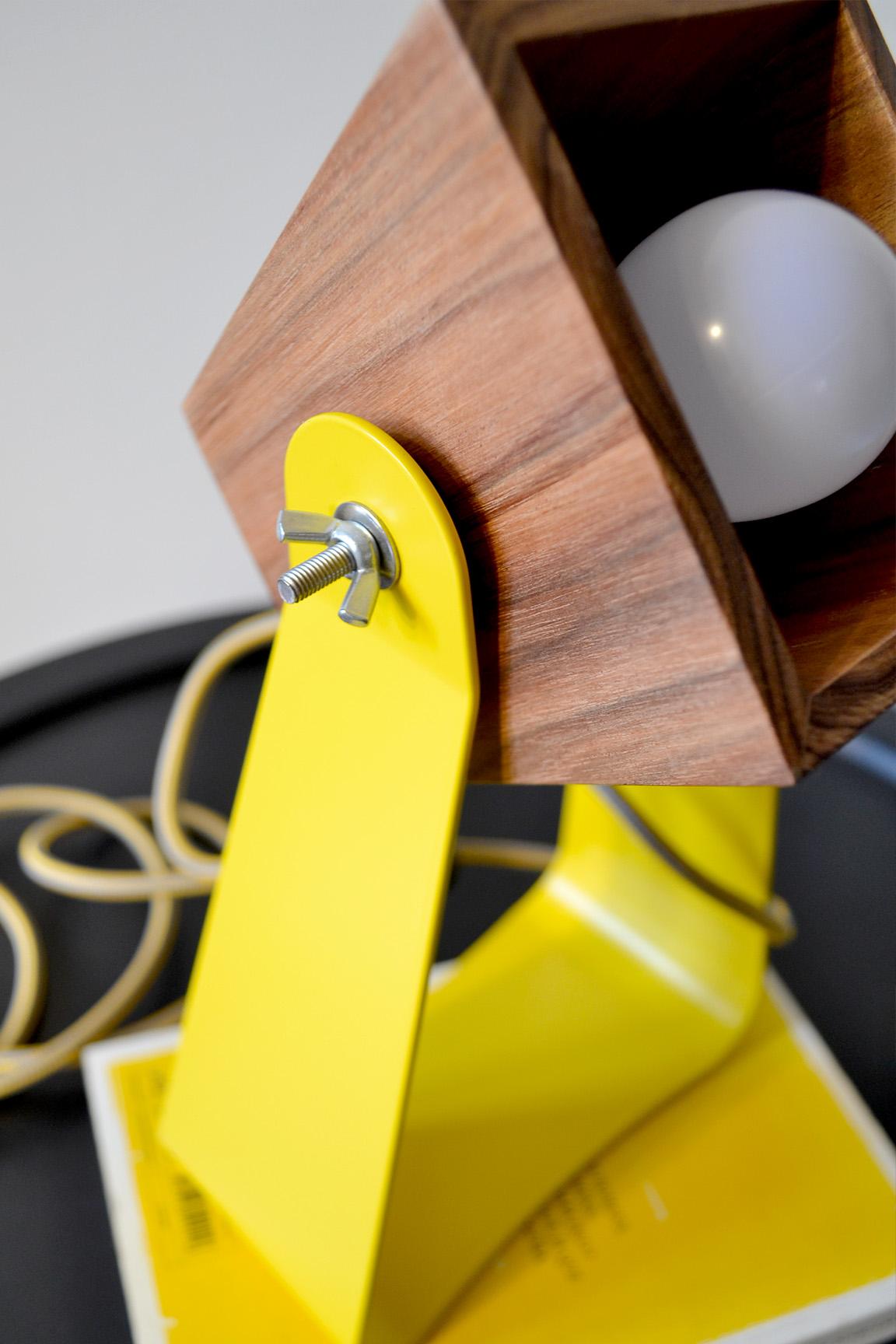 I DO! Lamp  (Amarelo)