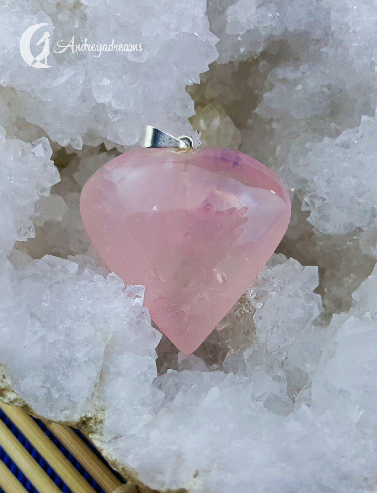 Pendente de Quartzo Rosa Coração Liso