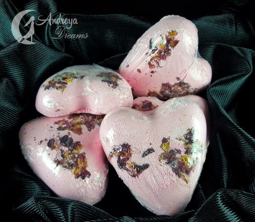 Bomba de Banho Coração com Pétalas de Rosa
