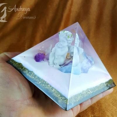 Pirâmide Orgonite Anjo