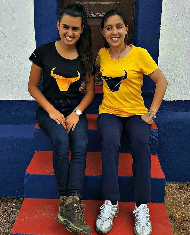 ESGOTADO T-Shirt Toiro / Mulher / Amarelo