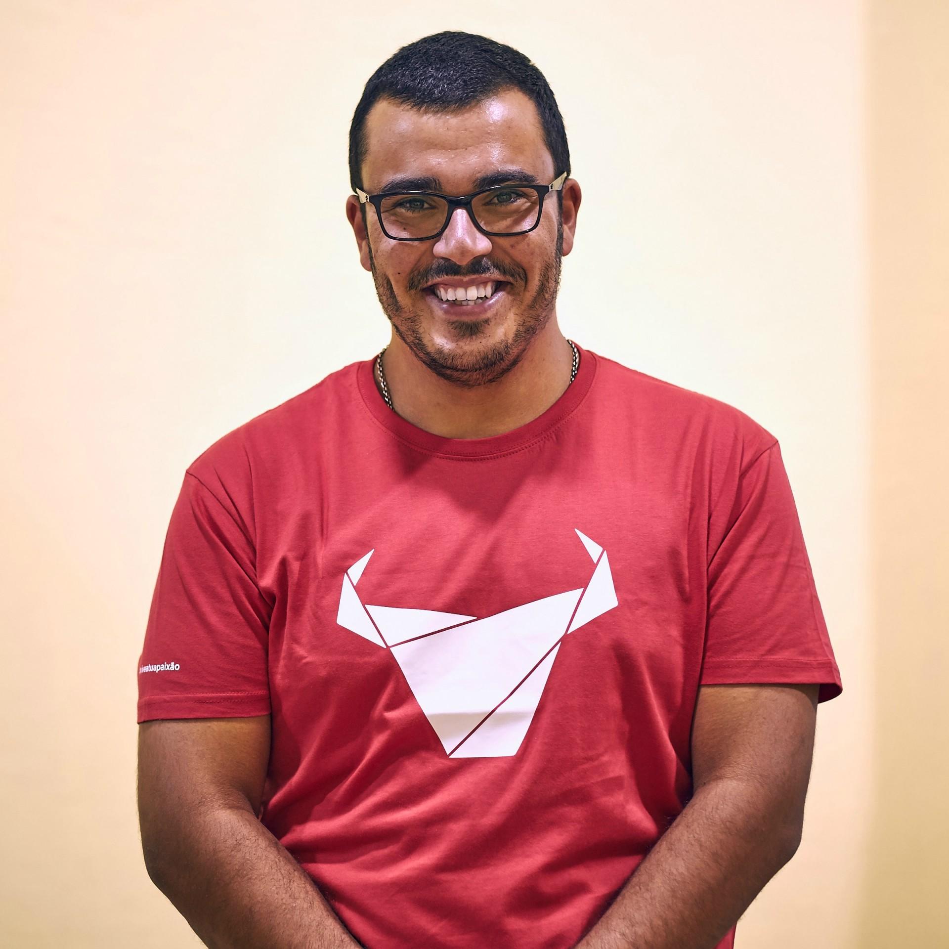 ESGOTADO T-Shirt Toiro / Homem / Vermelho