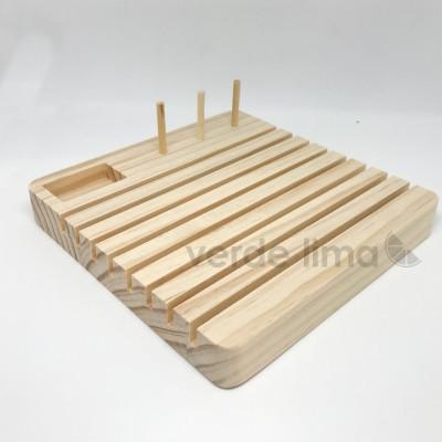 Suporte de madeira para réguas