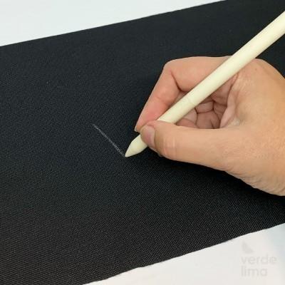 Lápis branco apagável