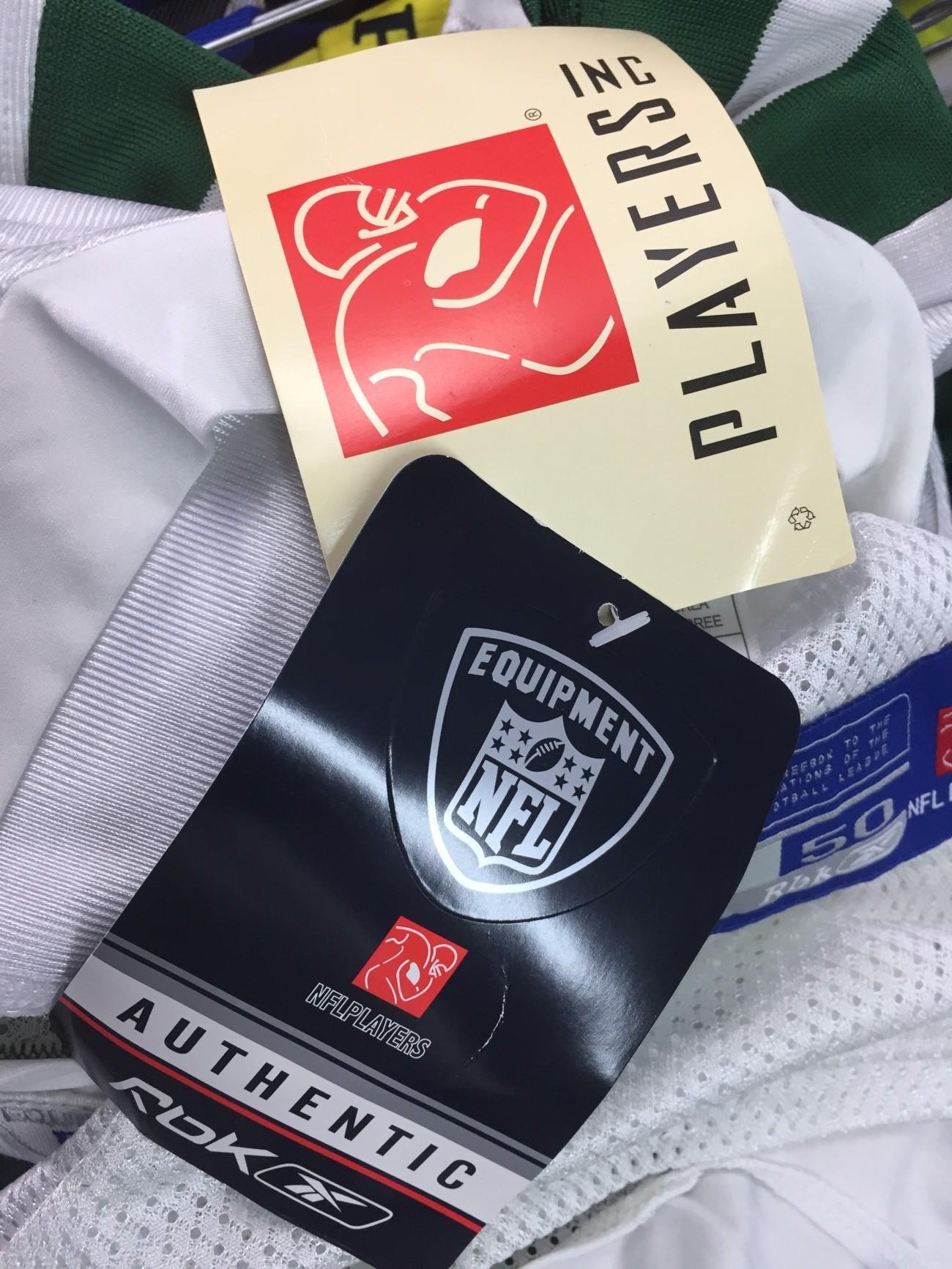 ... NEW New York Jets NFL Shirt (50)  4 Brett Favre acd85b2ec