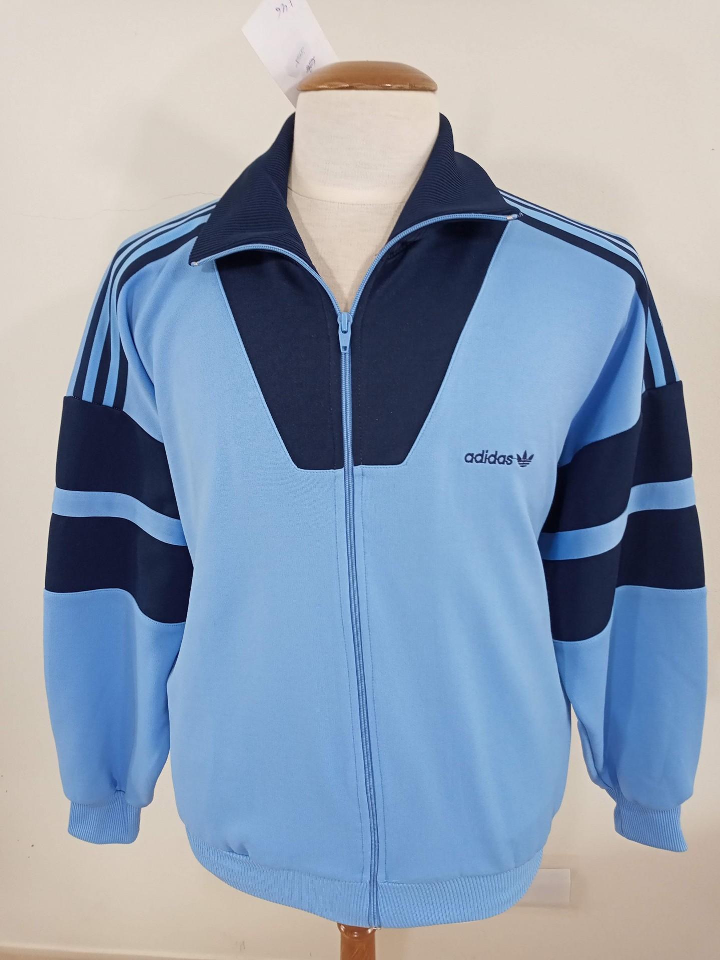 Vintage Track Top Adidas 1990s (M) Blue Jacket Antigo Casaco Azul | Vintage Sports Classic Football Shirts Jerseys Camisolas Futebol NBA