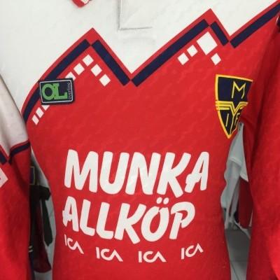 Matchworn Munka-Ljungby IF Home Shirt (XL) #10 Sweden