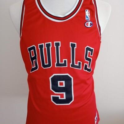 Chicago Bulls Home Shirt (XL) #9 Deng NBA Jersey