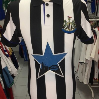 Newcastle United Home Shirt 1993-95 (S) Retro