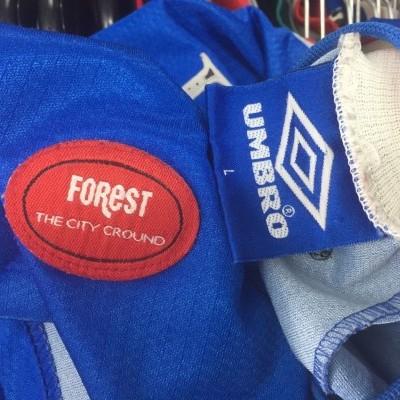 Nottingham Forest Away Shirt 1997-99 (L)