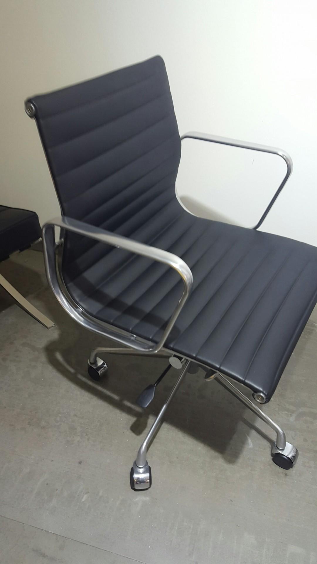 Cadeira rodada EA117